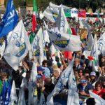 Italia a rovescio. E ci avviamo allegramente verso il regime